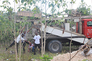 Hope_for_Haiti_staff_happily_receive_the_truck