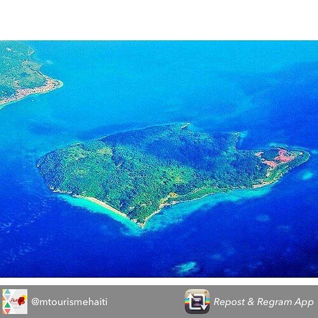 A great shot by @mtourismehaiti to inspire you to come visit haiti! #haiti #hopeforhaiti #tourismtuesday #rethinkhaiti