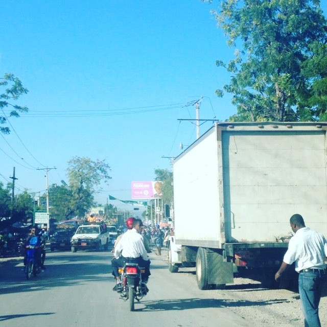 The #morningcommute in les cayes! #haiti #hopeforhaiti