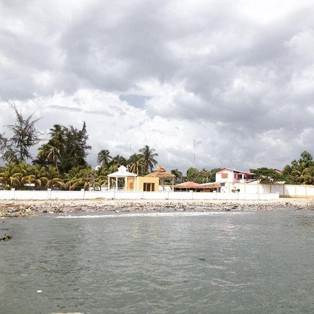 Happy sunday from the team in les cayes! #haiti #hopeforhaiti #bonweekend