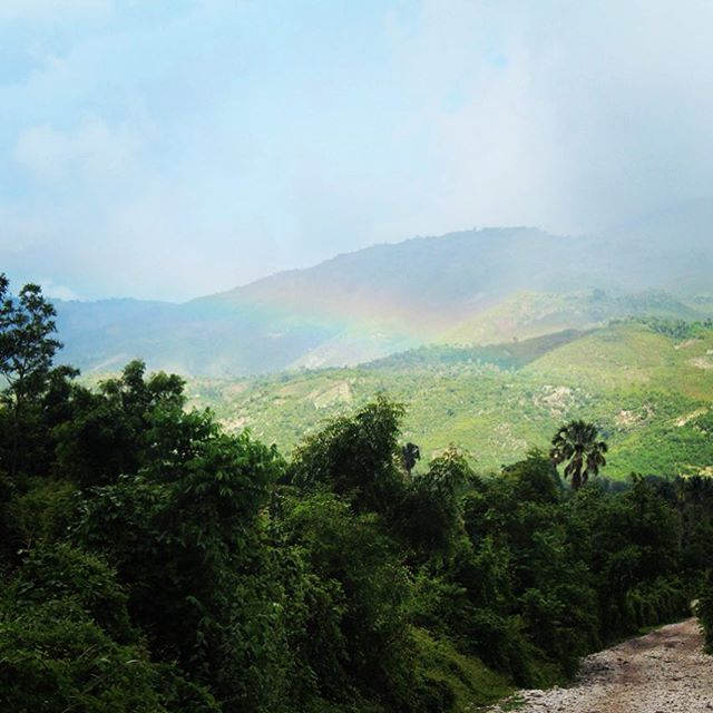 Happy friday from beautiful #haiti! #hopeforhaiti #ayiticherie
