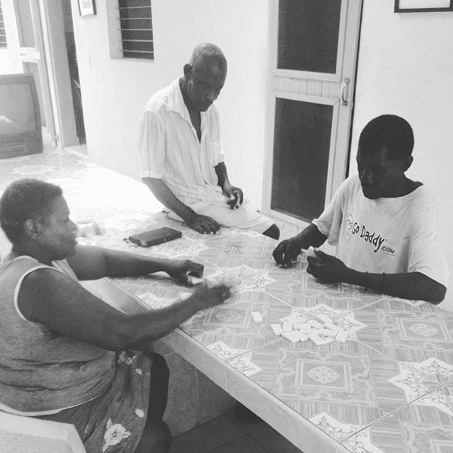 If you've ever been to #haiti, you'd know that haitians young and old alike love to play #dominos! at the senior home we support through a quarterly operations cost, medical consultations and medical supplies, afternoon dominos is a common sight! #hopeforhaiti #healthcare #games #bonbagay