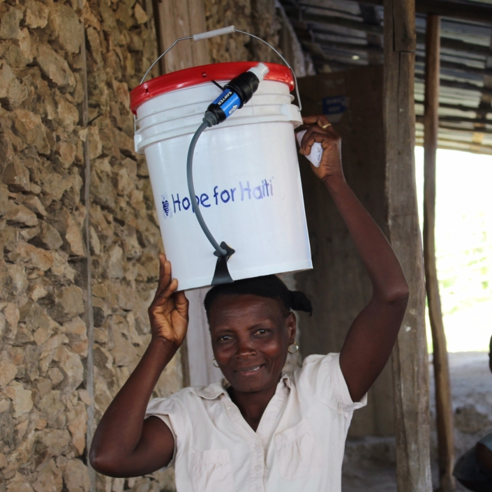 It's no question #waterislife! this month we are partnering with @wavesforwater to give clean water access to 2,000 families. w4w designed an amazing low cost, high quality bucket filtration system that is made with materials found in #haiti. we are so grateful for their expertise and enthusiasm for improving water access in haiti! ?? #hopeforhaiti #water #teamhope huge #thankyou #mesianpil to @blackdogbeau for connecting us to @wavesforwater ?