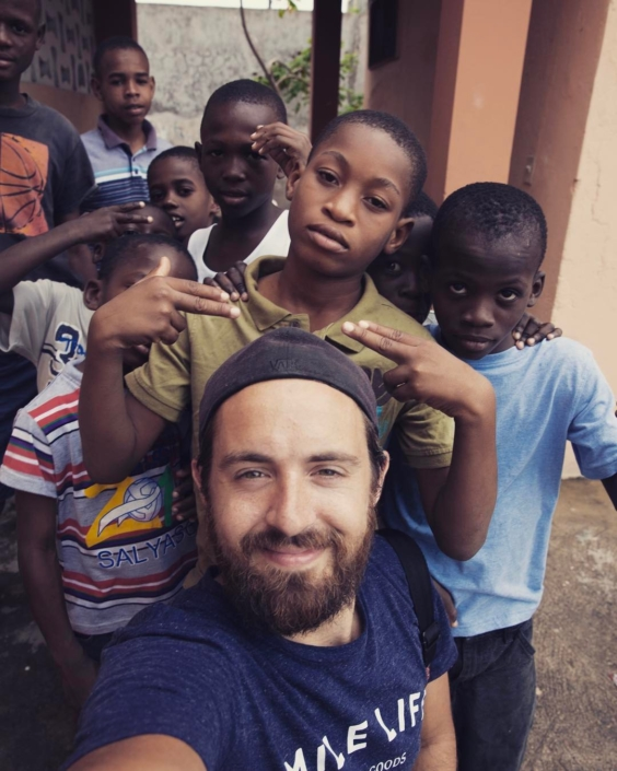 Our #mondaymotivation today is the amazing photographer @scottsimock who spent a week with us in haiti this past month. be sure to check out his page and keep a look out for his pictures of our programs! #hopeforhaiti #haiti #comingsoon #photography #photographer #lescayes