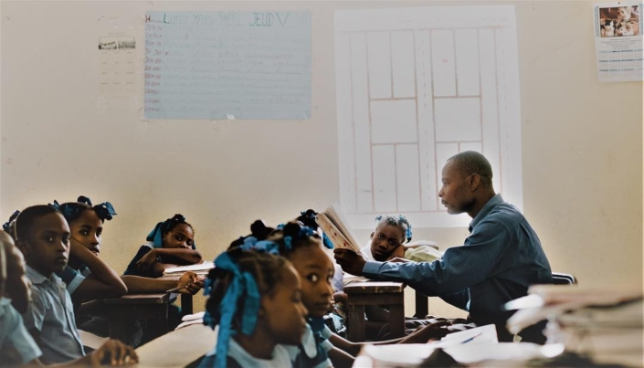 """a good teacher can inspire hope, ignite the imagination, and instill a love of learning."" brad henry #haiti #hopeforhaiti #education #worldteachersday"