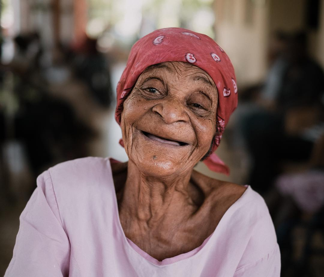 When a #smile says it all. we're proud to support one of the only senior homes in les cayes. #haiti #hopeforhaiti #youngatheart learn more about our #healthcare partners at www.hopeforhaiti.com photo by: @scottsimock